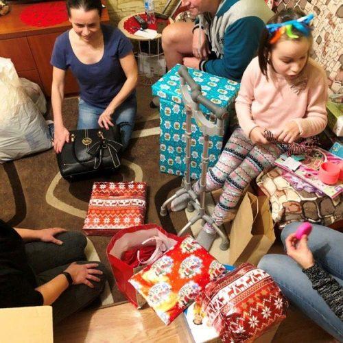 świąteczna paczka dla Oli (5)zm